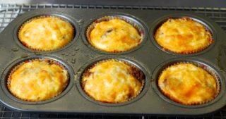 Cheesy 'N Beefy Mini Frittata Muffins