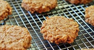 Civilized Caveman's Apple Cinnamon Cookies by Michelle Tam / Nom Nom Paleo