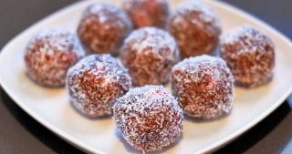 Primal Blueprint Nutty Strawberry Protein Balls by Michelle Tam / Nom Nom Paleo