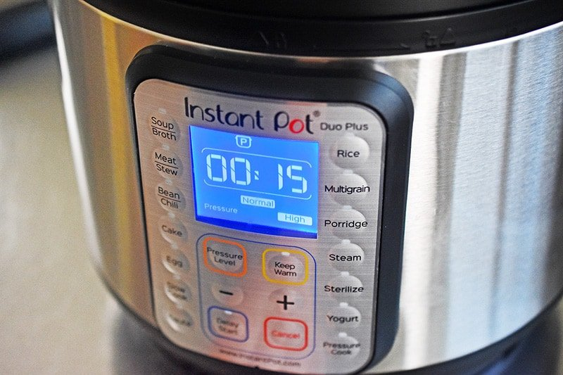 An instant pot interface reads 15 minutes on high pressure.