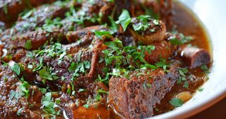 Slow Cooker Korean Short Ribs by Michelle Tam / Nom Nom Paleo https://nomnompaleo.com