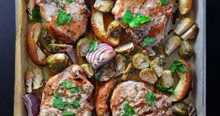 One-Pan Pork Chop Dinner by Michelle Tam / Nom Nom Paleo https://nomnompaleo.com